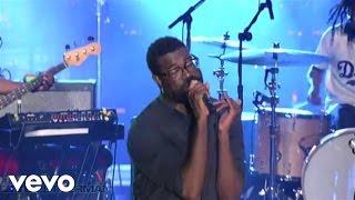 TV On The Radio - Wolf Like Me (Live on Letterman)