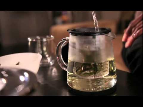 finum Tea Control 0.4 - der Teebereiter mit Stil und patentierter Funktionalität