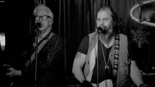 <b>Steve Earle</b> & The Dukes  Lookin For A Woman Official Music Video