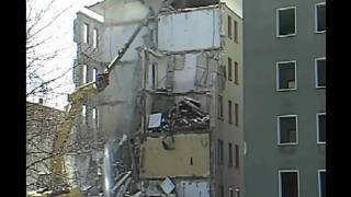 preview picture of video 'Abriss Bischofswerda Teil 2 Thälmann Belmsdorfer Strasse'