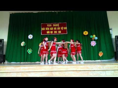 Múa cô giáo em là hoa Eban khối 3