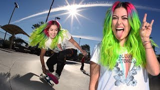 PRO SNOWBOARDER LEARNS HOW TO SKATE A BANK!