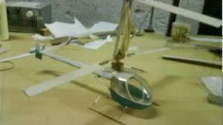 Helicóptero Com Motor De Propulsão A Elástico - Vôo Livre (helicopter Rubber)