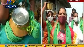 Amaravati Farmers Visit Durga Temple in Vijayawada