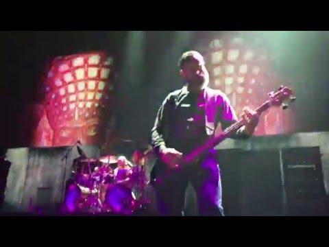 "Tool ""Parabola"" - Justin Chancellor plays Bass Solo"
