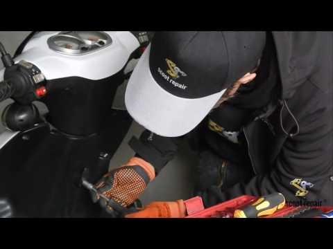 """Roller Frontlicht/Vorderlicht reparieren Motorroller  Explorer Race GT """"scootrepair"""""""