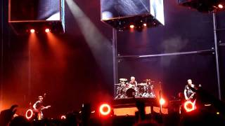 Matthew Bellamy, R.I.P Manson Red Glitter