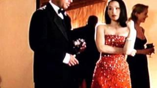 "Nice Lucy Liu Red Dress 1 / 2 Knock Back "" Charlies Angels "" 2000"