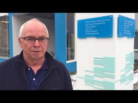 – Vårt mål med Omstillingsmotoren er å bidra til å gjøre norsk industri og norske SMB'er grønnere, smartere og mer nyskapende, forteller Jon Sandvik, prosjektleder for NCE Raufoss Omstillingsmotor og seniorrådgiver i SINTEF Raufoss Manufacturing (SRM). Video: SRM