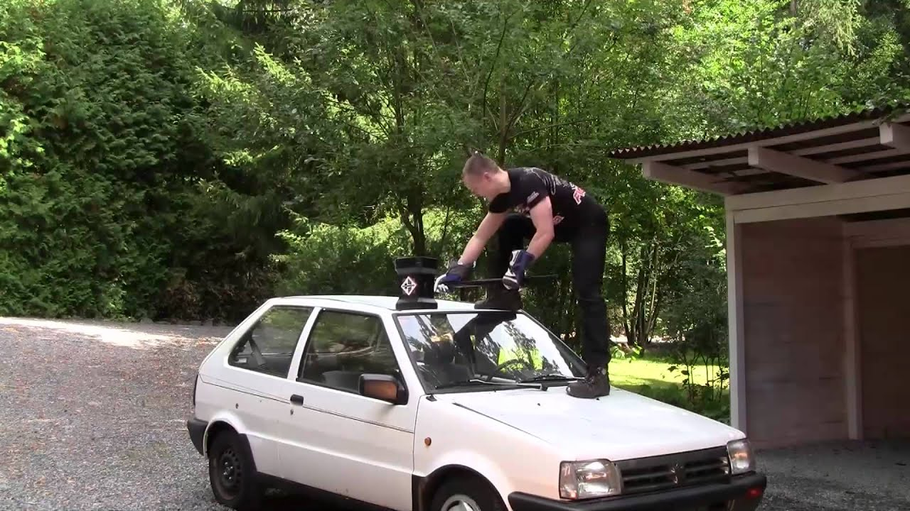 How To Destroy A Car With Slingshots And A Warhammer