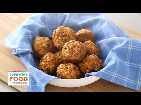 Low-Fat Breakfast Muffin Recipe – Everyday Food with Sarah Carey