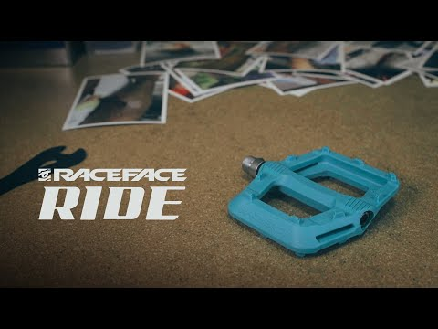 Видео о Педали Race Face Ride, turquoise