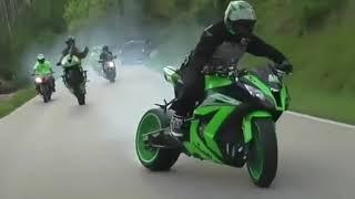 Best Bike stunt.... whatsapp status😍😍😍