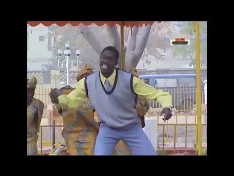 LUGGA OLD HAUSA MOVIE 3&4 MAI GWANJO SONG