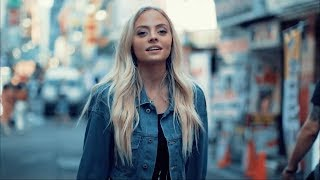 The Middle (in Tokyo)   Zedd, Maren Morris, Grey (Cover)   Madilyn Paige