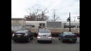 preview picture of video 'Long Island Rail Road train at Woodmere'