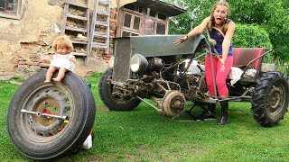 The wheel fall off on Tractor! Mommy Playing with Tractors need Help