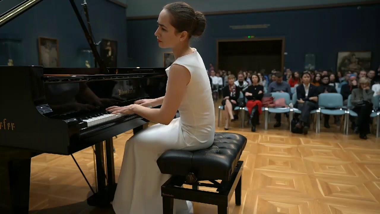 Anna Tsybuleva 14