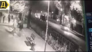 В Одессе BMW сбил на тротуаре пешеходов. Ракурс 2