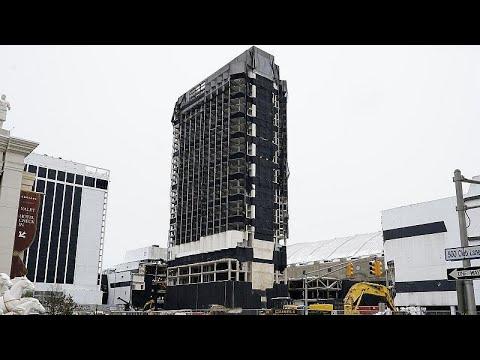 ΗΠΑ: Κατεδαφίστηκε το «Trump Plaza Hotel and Casino»