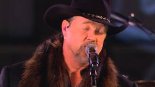 "Trace Adkins singing ""Have Yourself A Merry Little Christmas"""