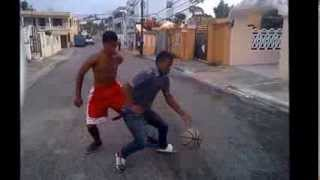 preview picture of video 'NBA basketball callejero'