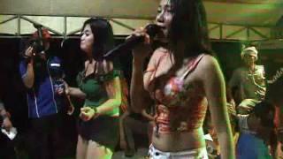 Delta Music - Gadis Bali Mis Yanti Mizone & Miss Tiwi Sprite
