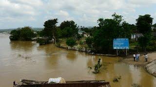 Lật thuyền trên sông Krông Na, 2 người chết, 1 người mất tích ở Đắc Lắc