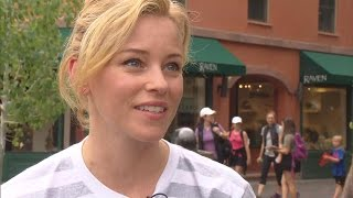 Actress Elizabeth Banks Appears In Aspen To Support Hillary Clinton