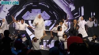 Achey & Isteri Menari 'Rave Ular' di Final BINTANG BERSAMA BINTANG