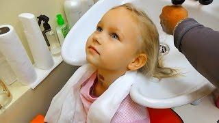 Новая причёска Алисы Детская парикмахерская Мими Лисса сделала причёску и укладку