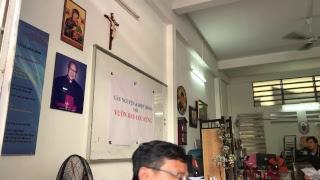 Hiệp thông đọc kinh Mân Côi cầu nguyện cho bà con vườn rau Lộc Hưng trưa 12g ngày 23/01