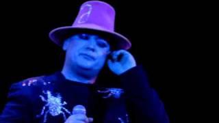 Boy George - I'll Adore Live 2009