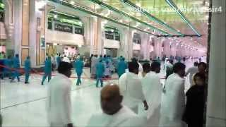 preview picture of video 'Cleaners of Haram Makkah Saudi Arabia'