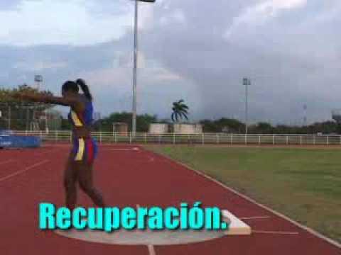El ejercicio para el adelgazamiento de la parte interior de las caderas