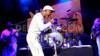 Frankie Beverly and Maze Summer Concert   Philadelphia 2013 Part 3   Frankie @ Home]