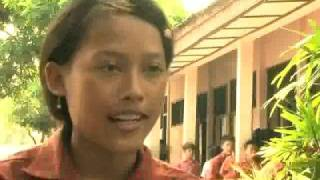 preview picture of video 'UNICEF Indonesia: Creating Learning Communities for Children pt.2'