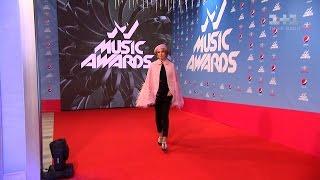 Лобода, Брежнєва, Каменських : усі зірки, скандали та інтриги церемонії M1 Music Awards 2016