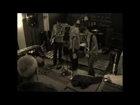 CRUEL SPADES ( Live at Be Pop Café, Le Havre, 21/06/11 )