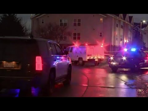 Suspected burglars shoot at officers, chased through Wayne County