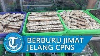 Sejumlah Peserta CPNS 2019 Berburu Jimat di Pasar Rawa Bening Jatinegara, Ternyata Ini Pembuatnya