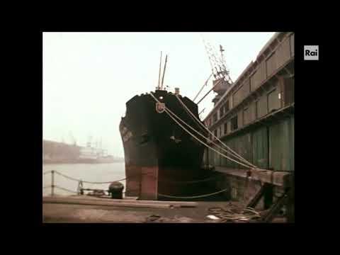 , title : 'Elvis Costello - Last Boat Leaving'