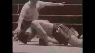 Kyokushin vs Muay Thai - 1964. Rawee Dechachai vs Kenji Kurosaki
