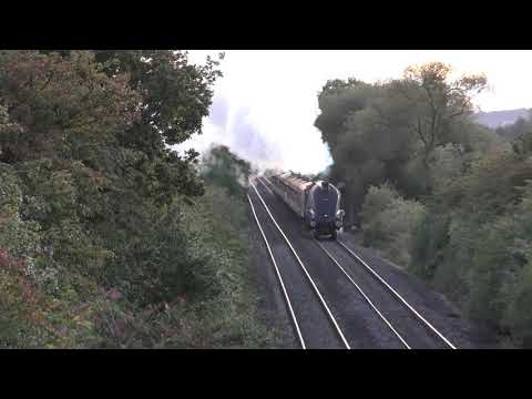 60009 'Union of South Africa' powers away from Nuneaton with…