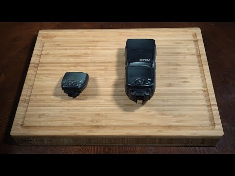 Nissin Di700A Kit (Plug-on flash)