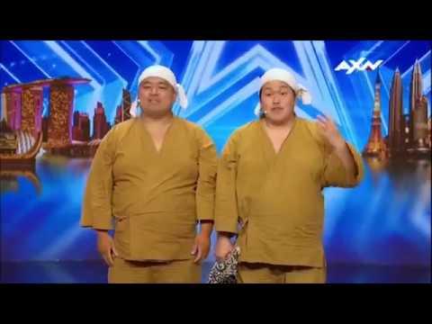 SHINJYUKU COMEDY CLUB (видео)