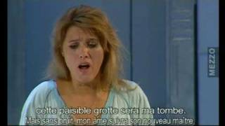 Katarzyna Hołysz (soprano) in Ariadne auf Naxos [Es gibt ein Reich...]