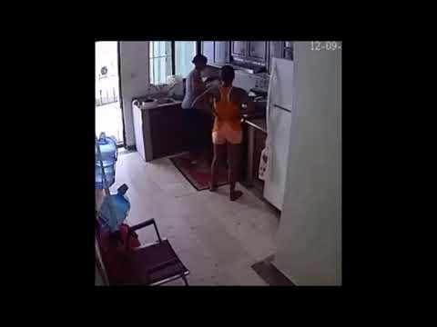 Fogão explode na cozinha e duas mulheres são arremessadas longe