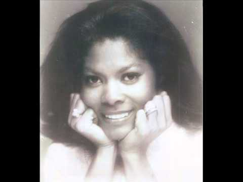 Dionne Warwick - (They Long To Be) Close To You - 1963