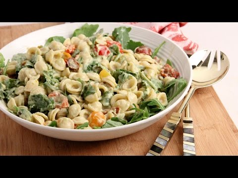 BLT Pasta Salad with Avocado Ranch Dressing | Episode 1041